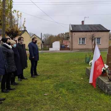 Platforma, PiS, Nowa Lewica , Współny Samorząd i Młodzież Wszechpolska też świętowali odzyskanie niepodległości