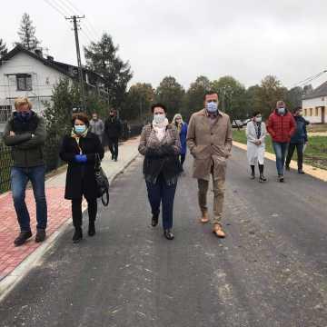 Drogi w Kruszynie i Niwie Goszczowskiej oddane do użytku