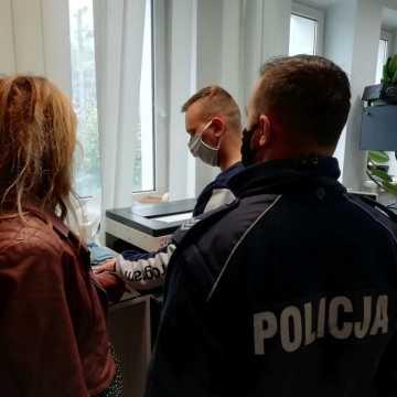 Pow. bełchatowski: z promilami za kierownicą mercedesa. Policjanci zatrzymali nietrzeźwą 39-latkę dzięki reakcji innego kierowcy