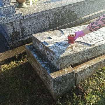 Pomóż seniorowi posprzątać groby