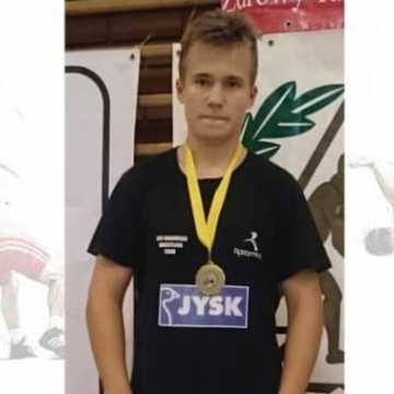 III miejsce Adriana Poliatańskiego na Mistrzostwach Polski Młodzików w Żukowie