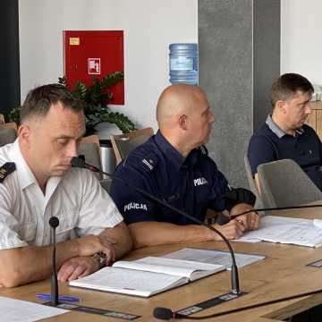 Mieszkańcy powiatu radomszczańskiego oszukują w sprawie Covid-19 i kupują certyfikaty