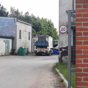 Tragiczny wypadek w Radomsku. Mężczyzna zginął pod kołami śmieciarki