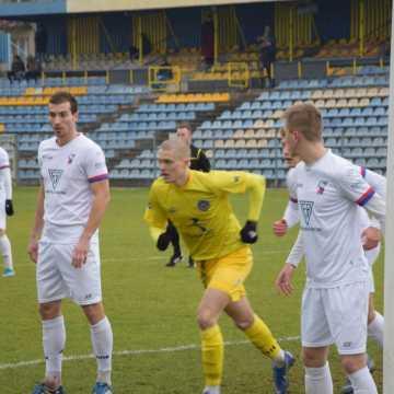 RKS Radomsko wygrywa z Bronią Radom na zakończenie piłkarskiego roku