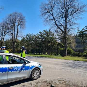 """Mandaty i pościg. Policja podsumowała akcję """"Bezpieczne Radomsko"""""""
