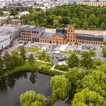 Letni relaks w Łódzkiej Strefie. Bezpłatne pikniki i kino samochodowe