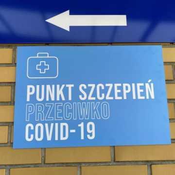 Wolne szczepionki przeciw COVID-19 w szpitalu w Radomsku