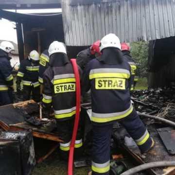 W Jankowicach  spłonął domek letniskowy