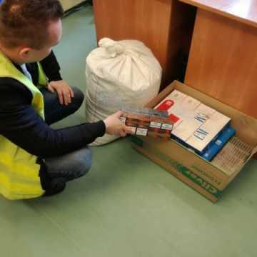 Wpadł z nielegalnym tytoniem i papierosami o wartości 20 tys. zł