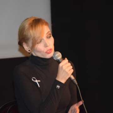 """""""Niebieski Koncert"""" w wykonaniu Joanny Kondrat"""