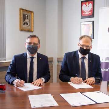 2,5 miliona złotych na ulicę Stolarzy w Radomsku. Umowa podpisana