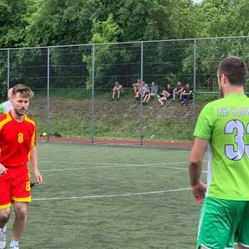 """Piłkarski weekend z """"Szóstkami"""" w Radomsku"""