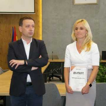 """W Radomsku przyznano certyfikaty """"Zaufany Pracodawca"""""""