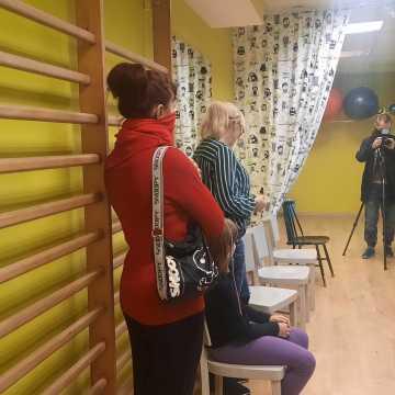 """Inauguracja Terapii Zawieszonej w Centrum """"Koniczynka"""" w Radomsku"""
