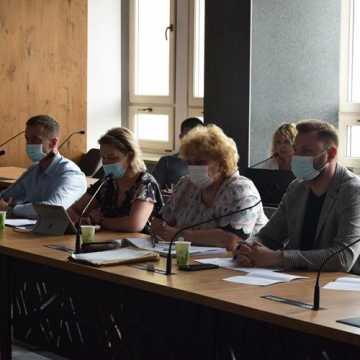 Komisja za absolutorium dla prezydenta Radomska