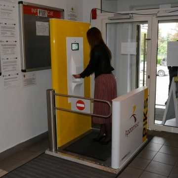Indywidualny Punkt Kontroli Sanitarnej został zamontowany w Urzędzie Miasta w Radomsku