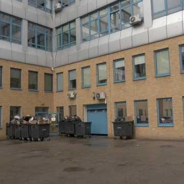 Niebezpieczne odpady zniknęły spod szpitala w Radomsku