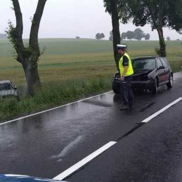 Wyprzedzał samochody, doprowadził do wypadku. Przed rokiem zdał egzamin na prawo jazdy