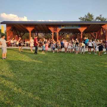 Mieszkańcy Sołectwa Sudzinek wybudowali w czynie społecznym altanę
