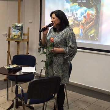 Spotkanie autorskie z Elżbietą Stępień w Miejskim Domu Kultury w Radomsku