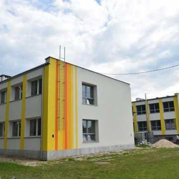 PSP 10 w Radomsku będzie ekologiczna. Trwa termomodernizacja obiektu
