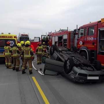 Ochocice: dwie osoby ranne w wypadku na DK1. Są utrudnienia!