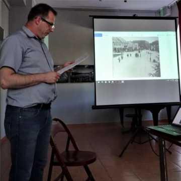 Wykład dr Tomasza Nowaka w Muzeum w Radomsku