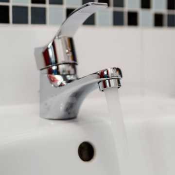Gm. Dobryszyce: wodę można pić tylko po przegotowaniu. Stwierdzono bakterie grupy coli