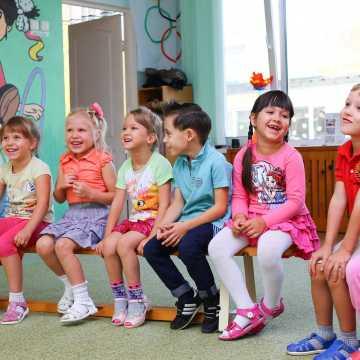 Dyrektorzy przedszkoli w Radomsku sprawdzają zainteresowanie rodziców powrotem dzieci do placówek