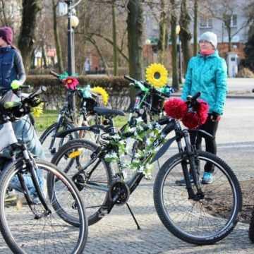 Powitają wiosnę na rowerach