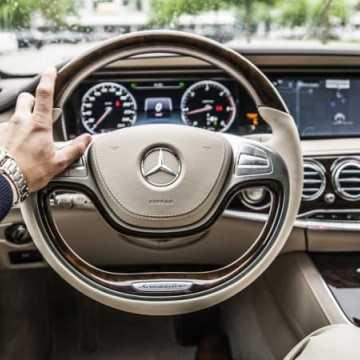 Zmiany w kontrolowaniu kierowców. Rączki na kierownicę!