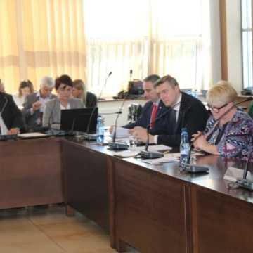 Powiat podjął uchwałę uczczenia pamięci Żołnierzy Wyklętych