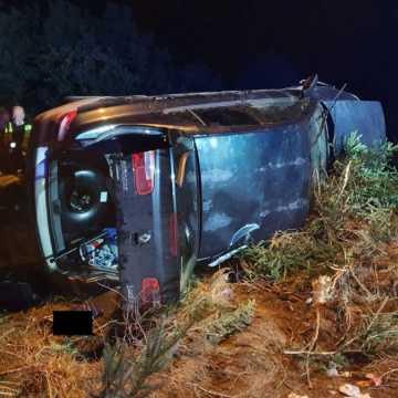 Jechał bez uprawnień i z nadmierną prędkością. 18-latek spowodował wypadek w Babczowie
