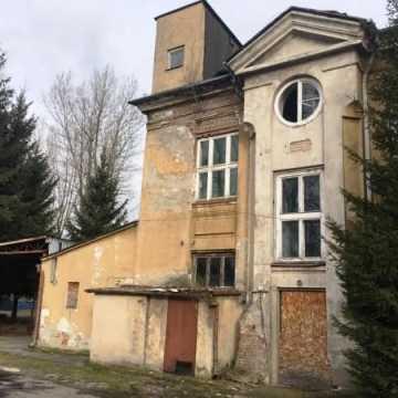 Ponowne podejście do sprzedaży budynków po ZPO w Radomsku