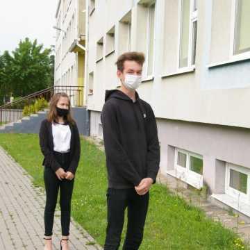 Ósmoklasiści rozpoczęli egzaminy