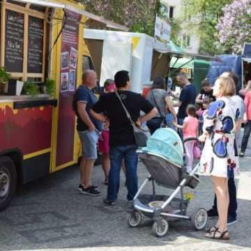 Food trucki opanowały plac 3 Maja