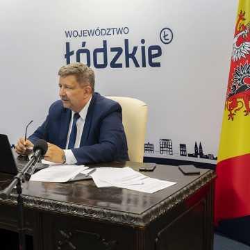 Zarząd województwa łódzkiego z wotum zaufania i absolutorium