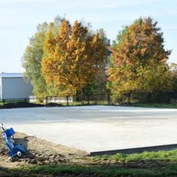 Przy PSP nr 3 w Radomsku powstaje boisko wielofunkcyjne