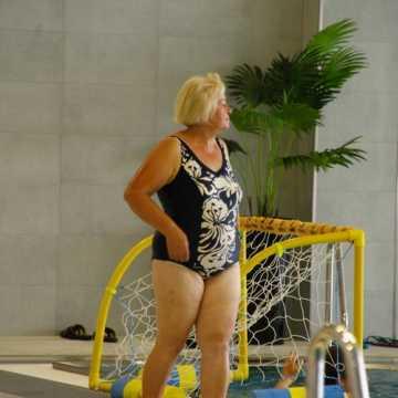 """Mieszkańcy Radomska korzystają już z nowego basenu. Tak wygląda wnętrze """"Aquary"""""""