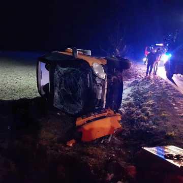 Samochód wpadł w poślizg