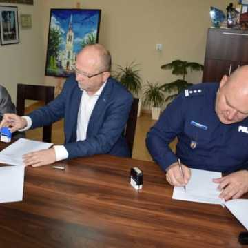 Dodatkowe patrole policji na terenie gminy Kamieńsk