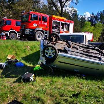 Wypadek na DK91 w gm. Kamieńsk. Cztery osoby ranne