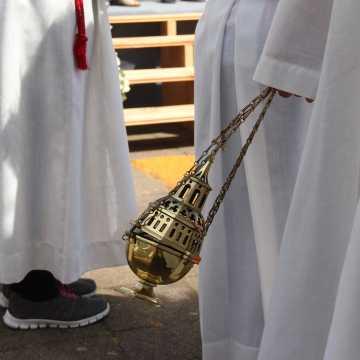 Arcybiskup Depo odwołał dyspensę od udziału w niedzielnych mszach