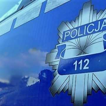 Bełchatów: pijany kierowca usnął za kierownicą. Zareagował świadek