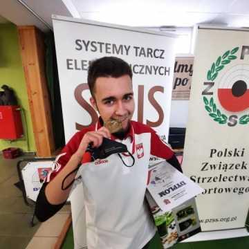 """Pistoleciarze z OKSS """"10-tka"""" na Ogólnopolskim Zlocie Orlików"""