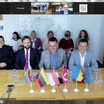 Prezydent Radomska spotkał się z merem Wozniesieńska. Online