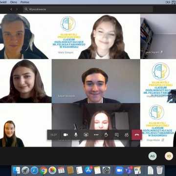 Uczniowie z I LO na Europejskim Uniwersytecie Latającym