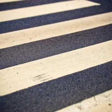 Unieważniono przetarg na doświetlenie przejść dla pieszych w Radomsku
