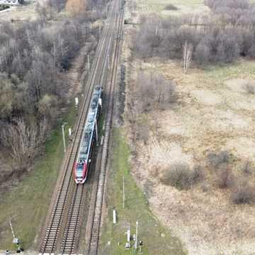 """[AKTUALIZACJA] Rozżalony pasażer skarży się na """"podróż"""" pociągiem ŁKA"""