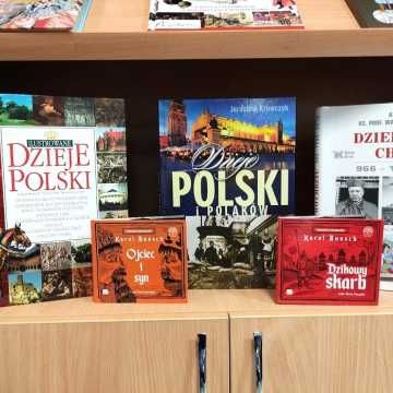 966. Chrzest Polski - wystawa w bibliotece w Radomsku